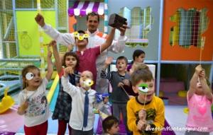 detskiy_deny_rogdeniya_v_chernogorii