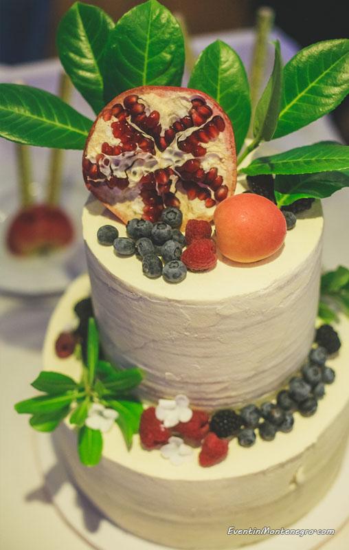 tort_svadba_v_chernogorii